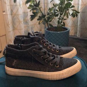 Blowfish canvas shoes